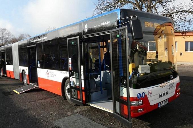 Autobus PID. Foto: archiv Facebook ROPID